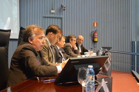 Mesa redonda: Galicia e a reforma local  - Curso monográfico: A reforma local a debate